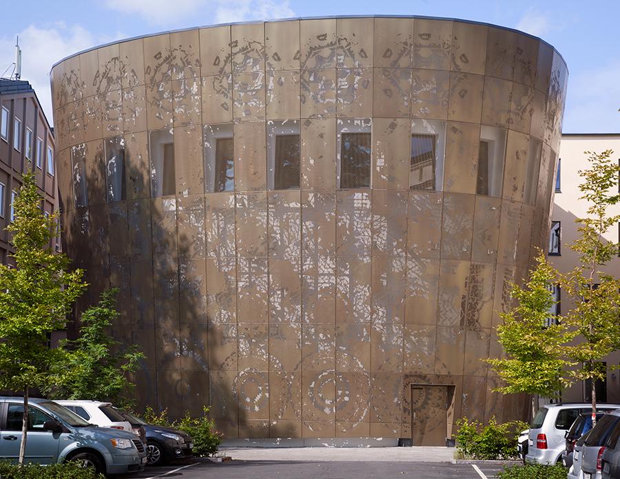 Figur 56. Stansad fasad på Humanistiska teatern i Uppsala.